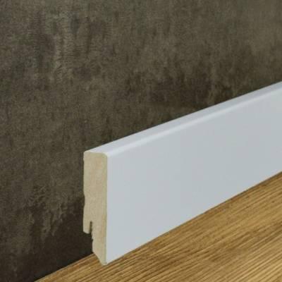 Moderne Sockelleiste weiß foliert (16 x 70 mm)