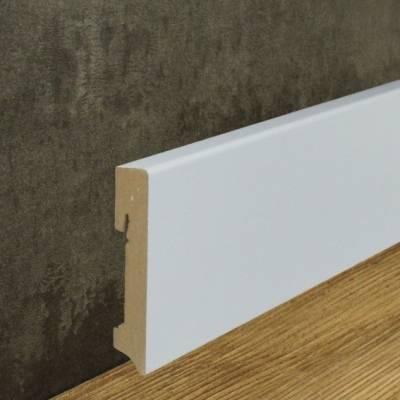 Sehr Hochwertige Sockelleiste weiß foliert (16 x 90 mm)