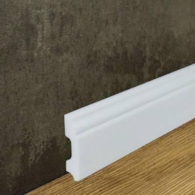 Fußleiste (NMC WALLSTYL® - FB1) aus schlagfestem, wasserbeständigem Kunststoff (13 x 60 mm)