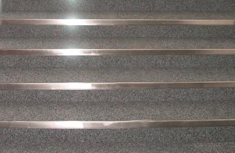 Treppenkantenschutz Treppenwinkel